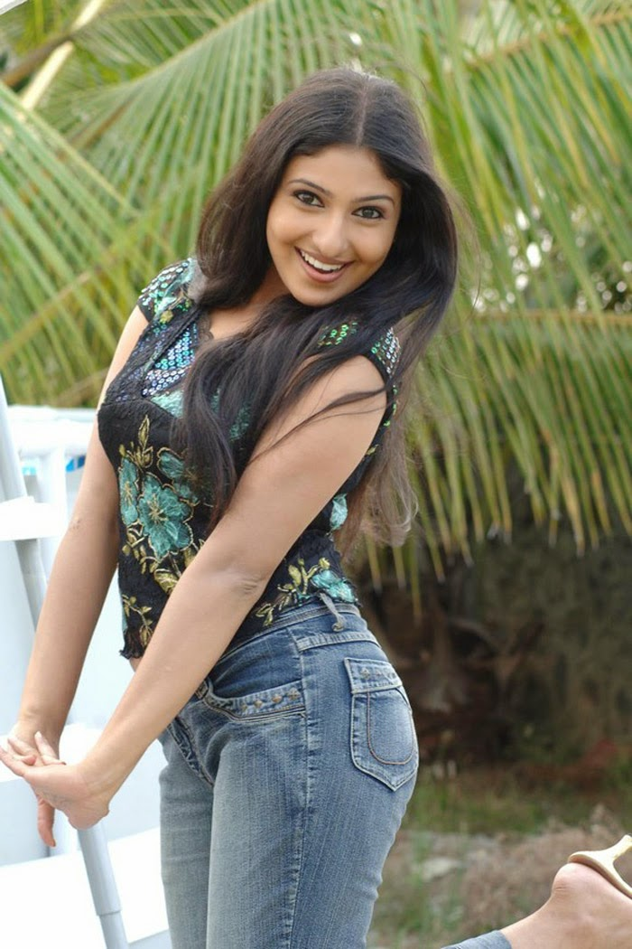 Meena Cute Wallpapers Monika Hot Photo Gallery Monica Lastest Pics All About
