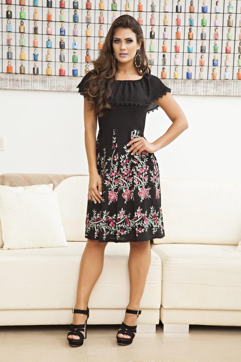 Looks elegantes e modestos na loja By Sophi