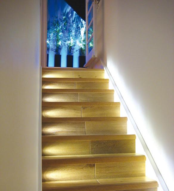 Formas de iluminar las escaleras de tu casa for Formas de escaleras