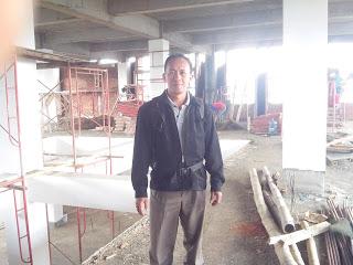 Pengawasan pemasangan plafon gypsum board di STTM