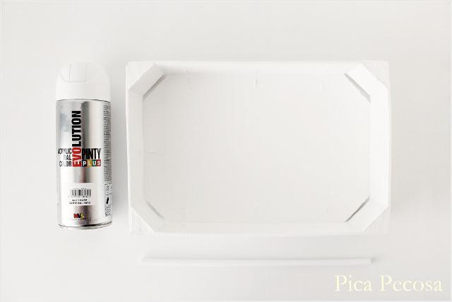 caja-luz-lightbox-diy-caja-fresas-reciclada-pintura-novasol-spray-pinty-plus