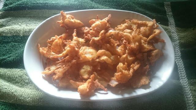 onion crispy giger pakodi
