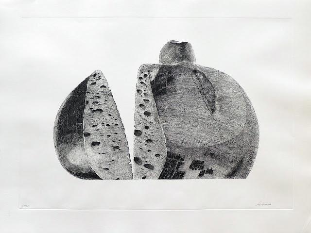Pablo Serrano hogaza con manzana aguafuerte