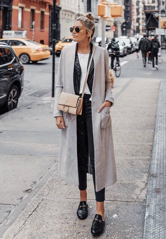 best layering outfit for this fall : loafers + skinnies + bag + coat + black blazer + white t-shirt
