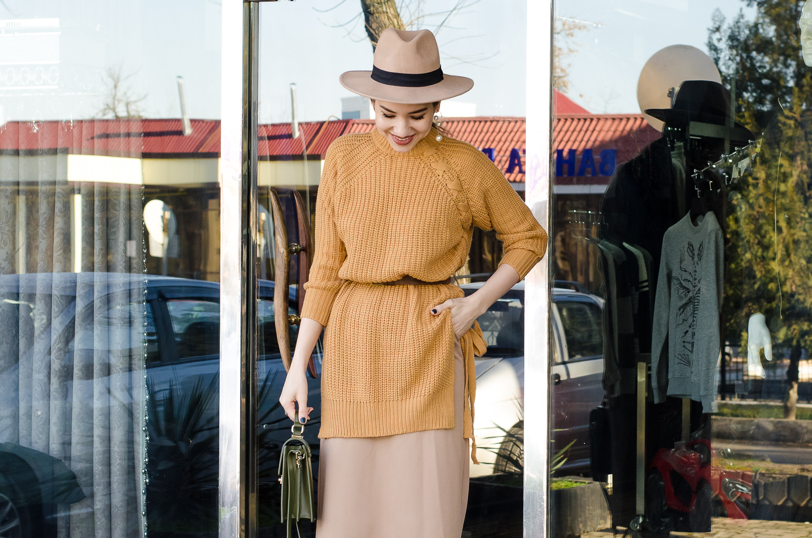 fashion blogger diyorasnotes yellow jumper midiskirt asos hat 34 - KHAKI COAT, MIDI SKIRT AND MUSTARD JUMPER