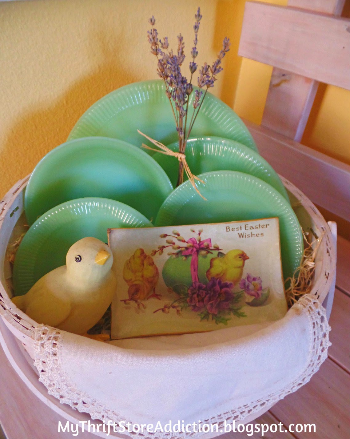 A basket of jadeite and lavender