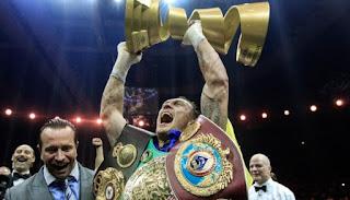 BOXEO - Oleksandr Usyk brillante en el Trofeo Muhammad Ali