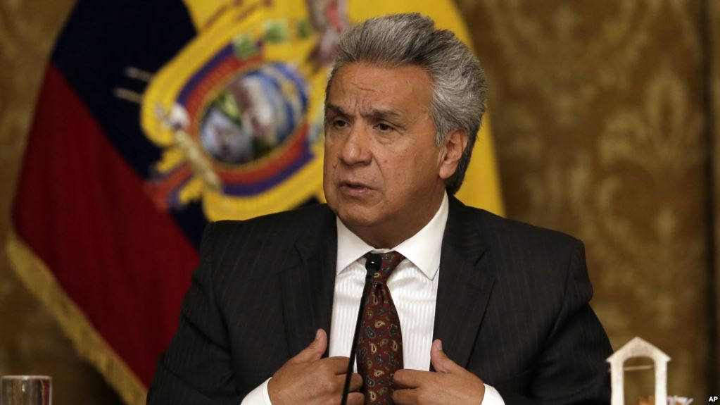 Moreno ve el caso Assange como una piedra en el zapato para su administración / AP