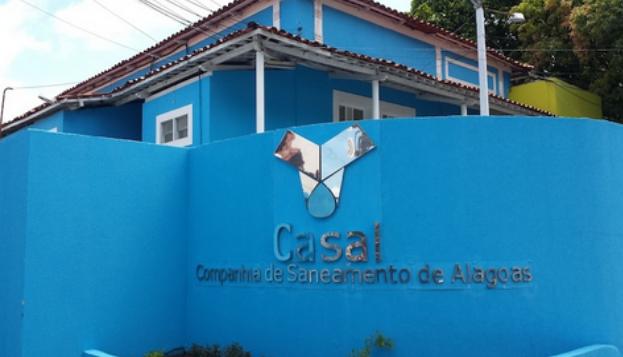 Casal faz limpeza de seis reservatórios de água do Sertão neste sábado (26)
