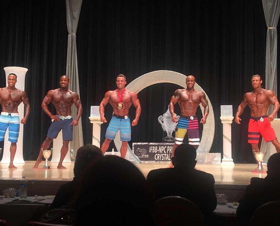 Diogo Montenegro no palco do IFBB Prestige Crystal Cup 2016. Foto: Arquivo pessoal