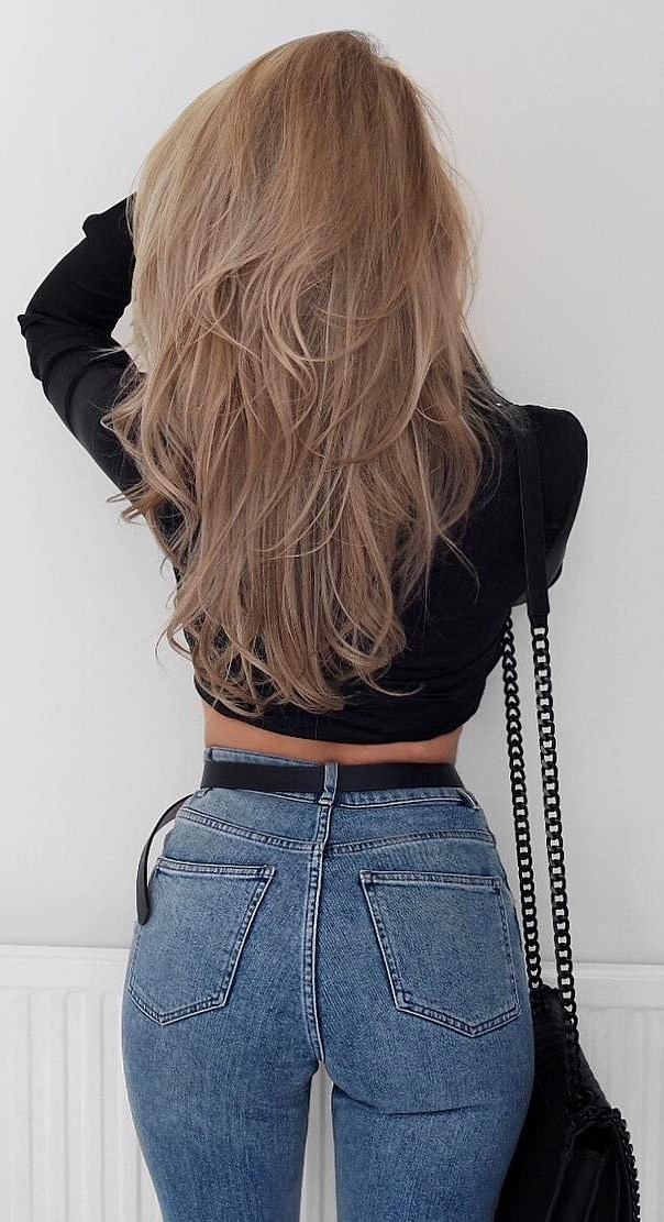 cool outfit: crop top + jeans