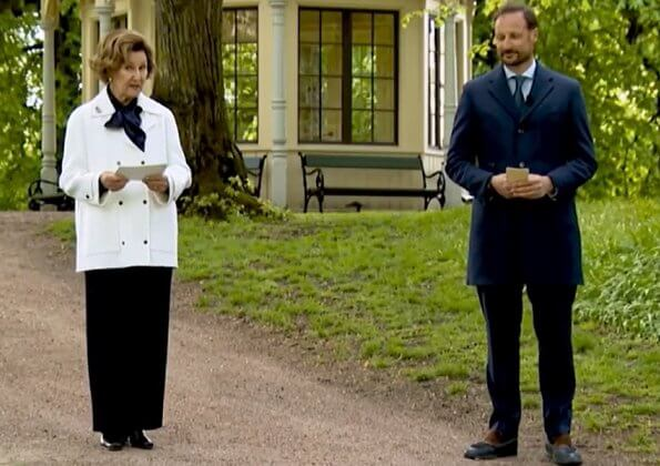 Queen Sonja and Crown Prince Haakon sent a video greeting to the opening of the Bergen International Festival