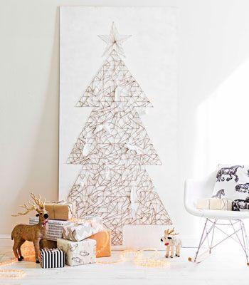 Árbol de Navidad casero hecho con cuerda
