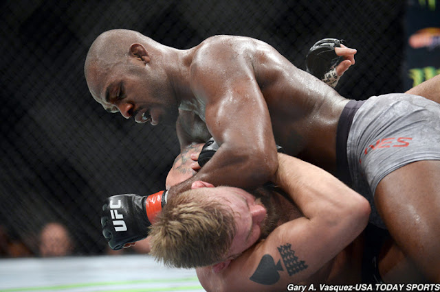 UFC 232 Results : Jon Jones def. Alexander Gustafsson via third-round