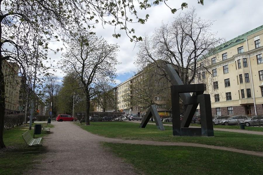 リュティ公園の記念碑(Risto Rytin muistomerkki)