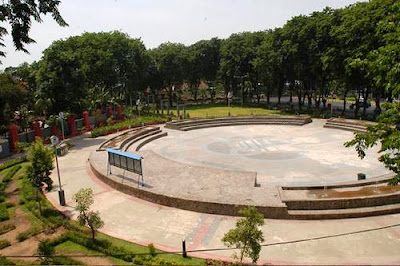 Landscape Taman Bungkul Surabaya.