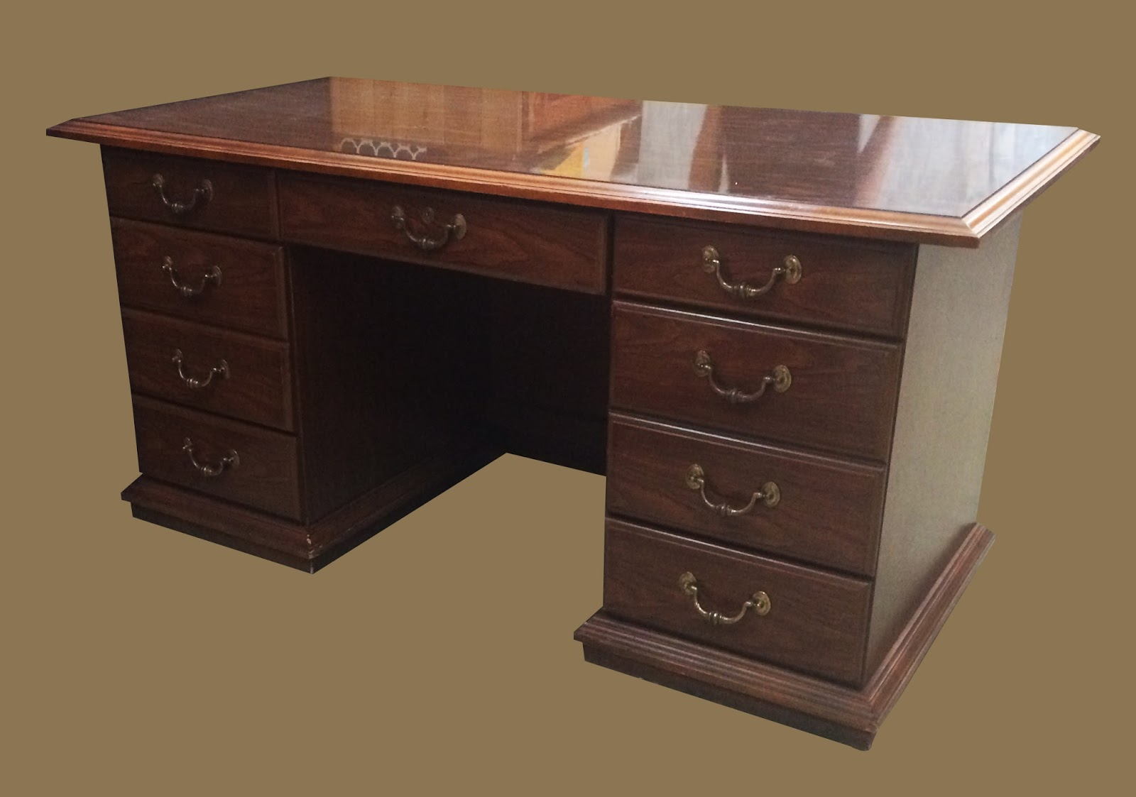 Uhuru furniture collectibles office desk with locking