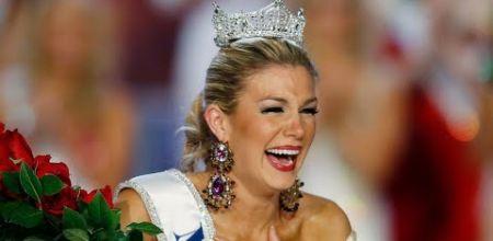 Miss America crowns former winner Gretchen Carlson as chairwoman