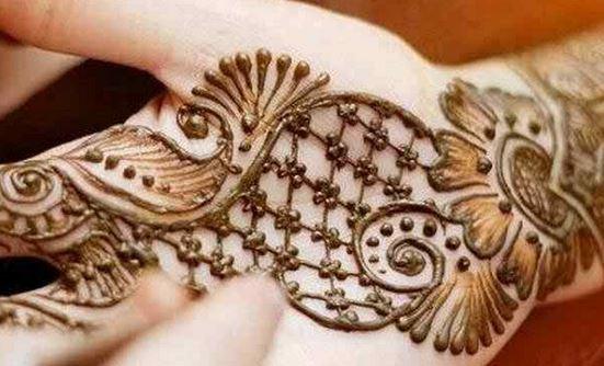 Front Hand Henna Mehndi Design : Simple mehndi designs step by beauty health fashion