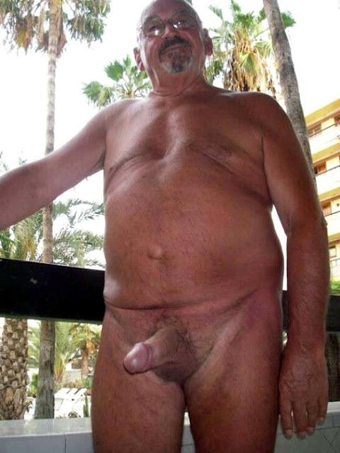 abuelo gay peludos