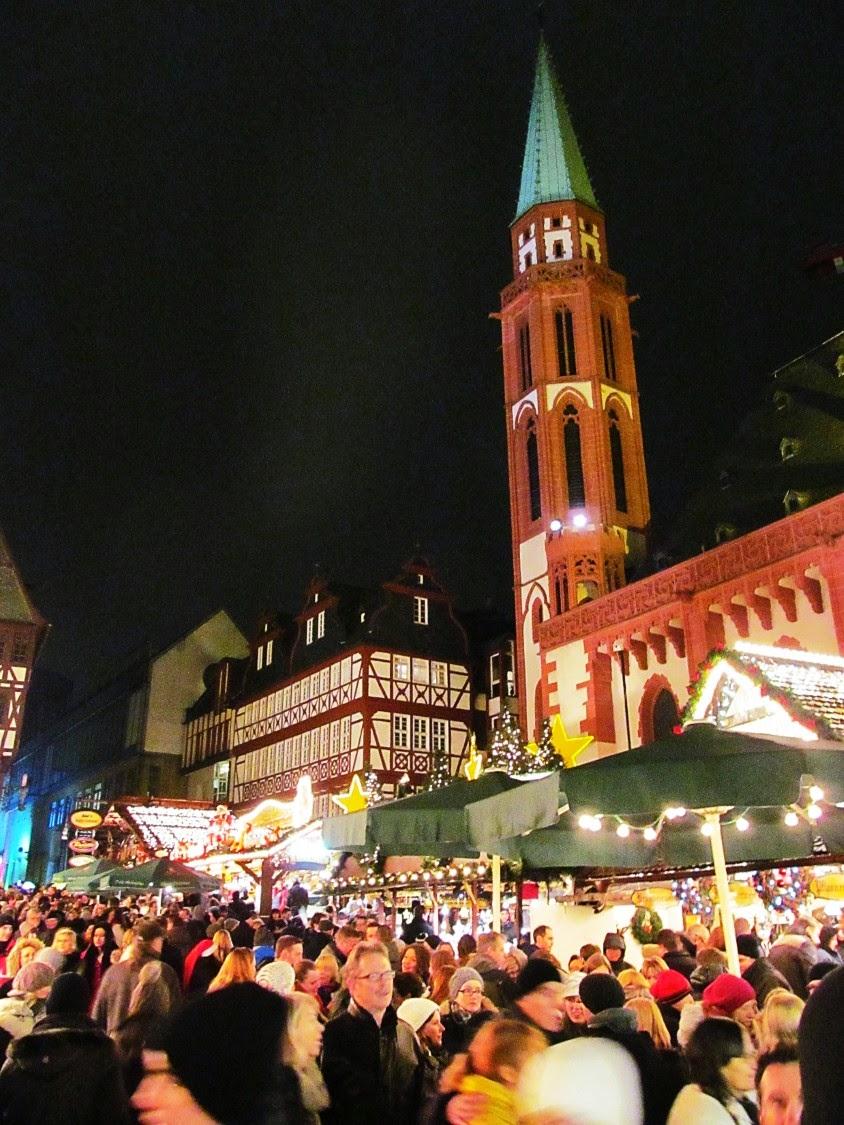 frankfurt christmas market at night