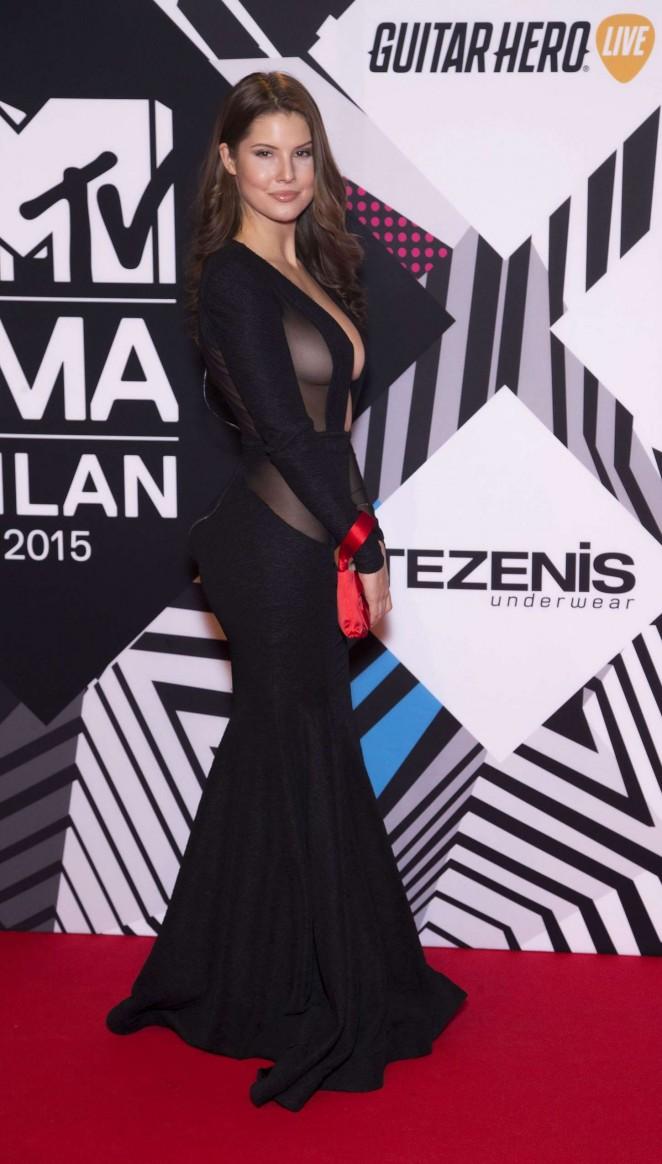 Amanda Cerny Bares Curves In Sheer Dress At The Mtv Emas 2015