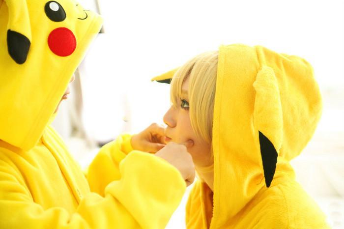 Pokemon Cosplay: November 2012