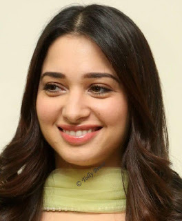 Mumbai Actress Tamannaah Beautiful Long Hair Face Closeup (4)
