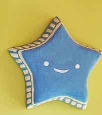 http://www.porcuatrocuartos.com/como-hacer-estrellas-con-papel-mache/815
