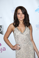 kelli berglund dress up