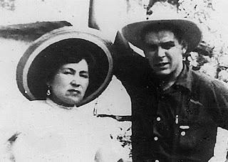 Ernesto y su primera esposa, la peruna Hilda Gadea.