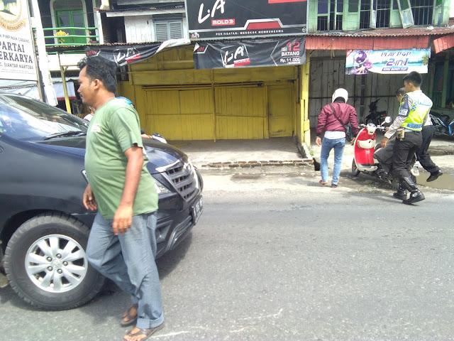 Akibat Mendahului , Pengendara Roda dua ini di Sorong Inova
