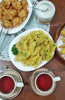 teh tambi dan gorengan khas wonosobo