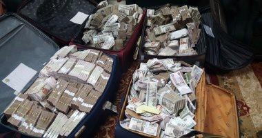 بالصور..الأموال التي تم ضبطها في منزل الموظف عنتيل الرشوة في مصر