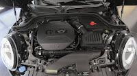 2015 New Mini Cooper JCW test Perrformance engine view