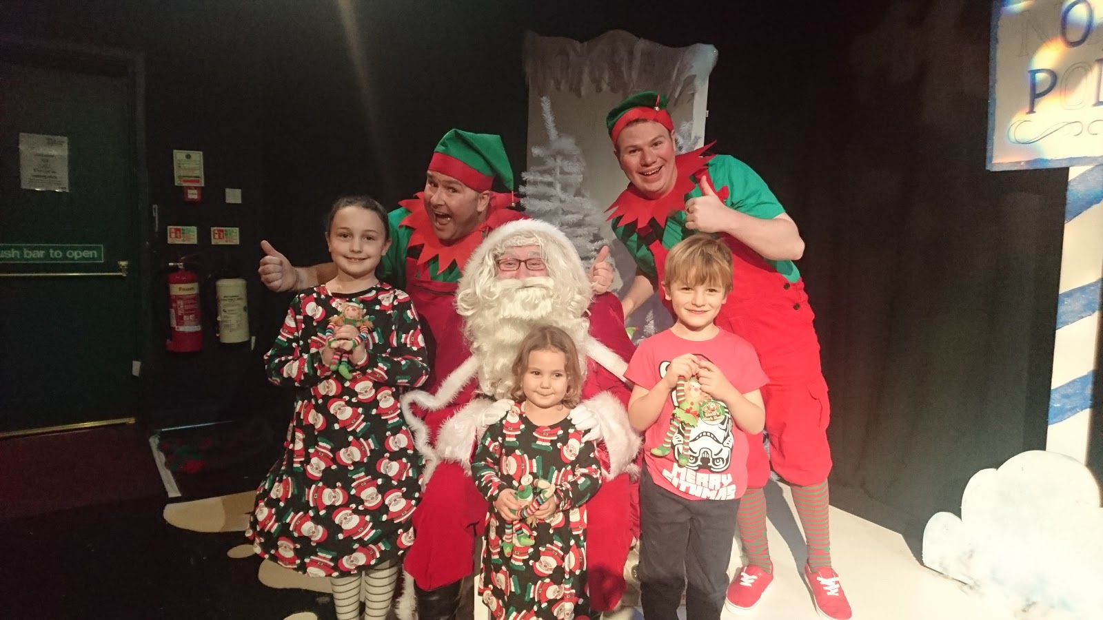 Santa's Naughty Elf and the Frozen Christmas at Customs House, South Shields - A Review