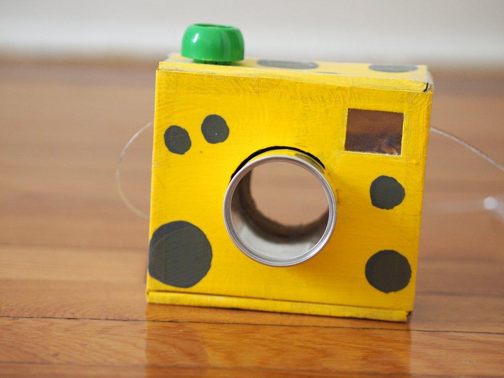 1+DIY+cardboard+camera+kids.JPG