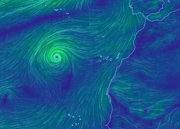 Leslie puede acercarse a Canarias en su trayectoria y dejará lluvias
