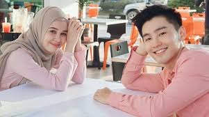 emma maembong berpasangan dengan alvon chong dalam drama Awak Suka Saya Tak?