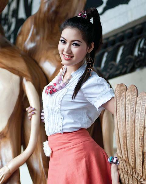 Nwe Nwe Htun - Lovely Myanmar Model - Beautiful Women Pedia
