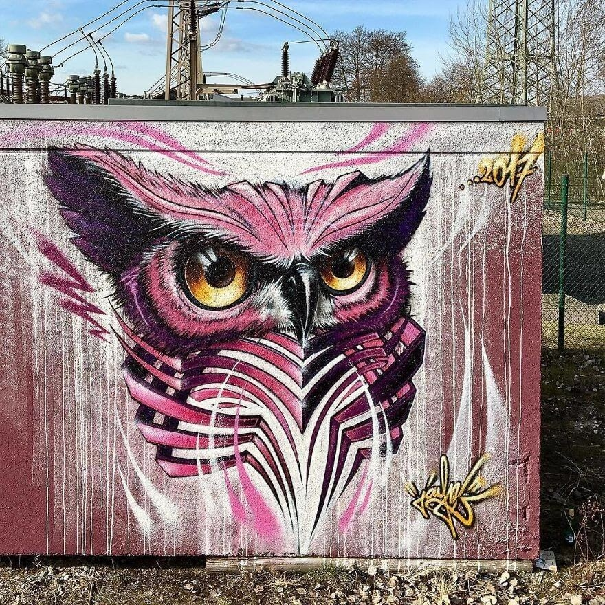 12-Owl-Jayn-Slice-Style-Animal-Street-Art-www-designstack-co