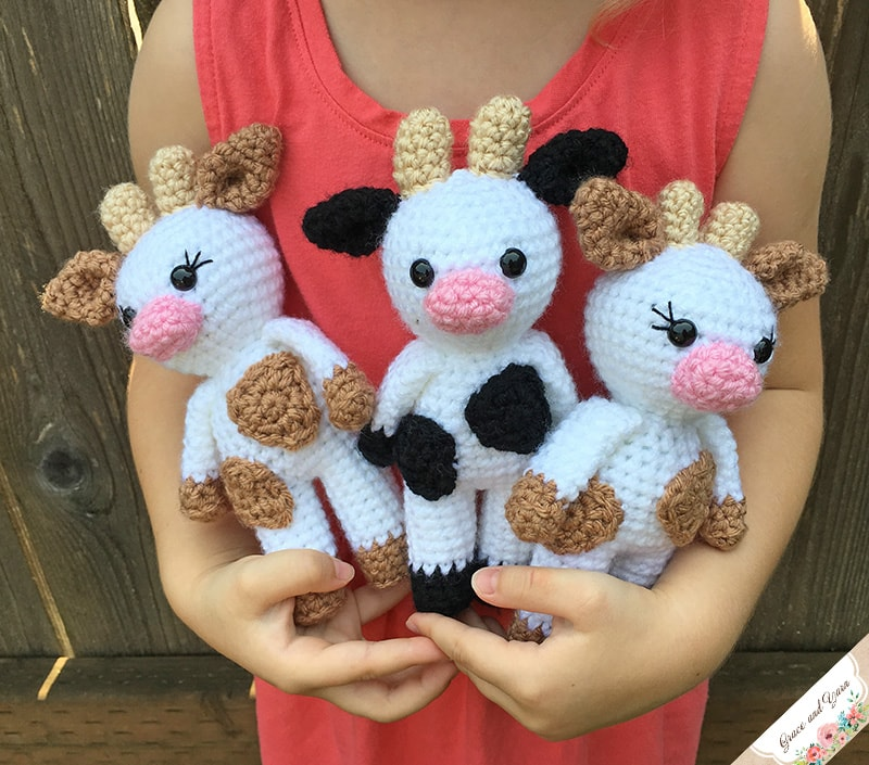 Mini Amigurumi Cow A Free Crochet Pattern Grace And Yarn