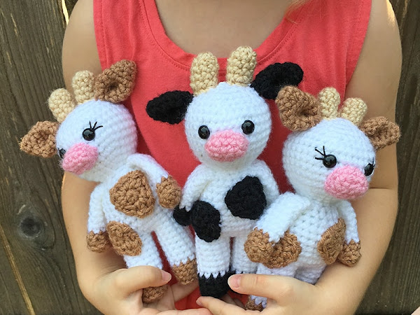 Mini Amigurumi Cow - A Free Crochet Pattern