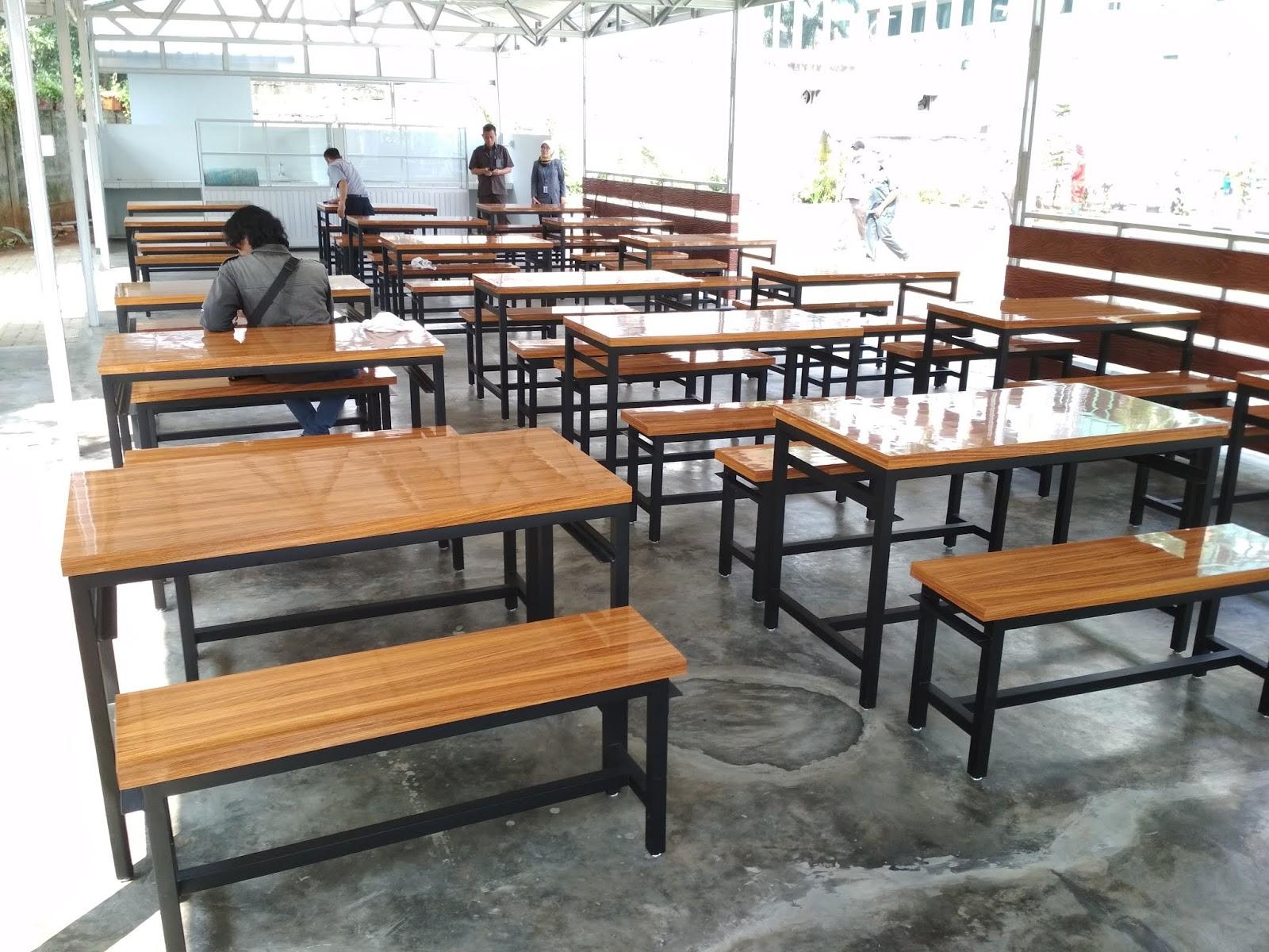 Meja makan pabrik PT custom