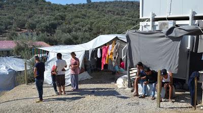 Θλιβερή η κατάσταση στη Μόρια: Έκρηξη βίας και συνθήκες «ανοιχτού βόθρου»