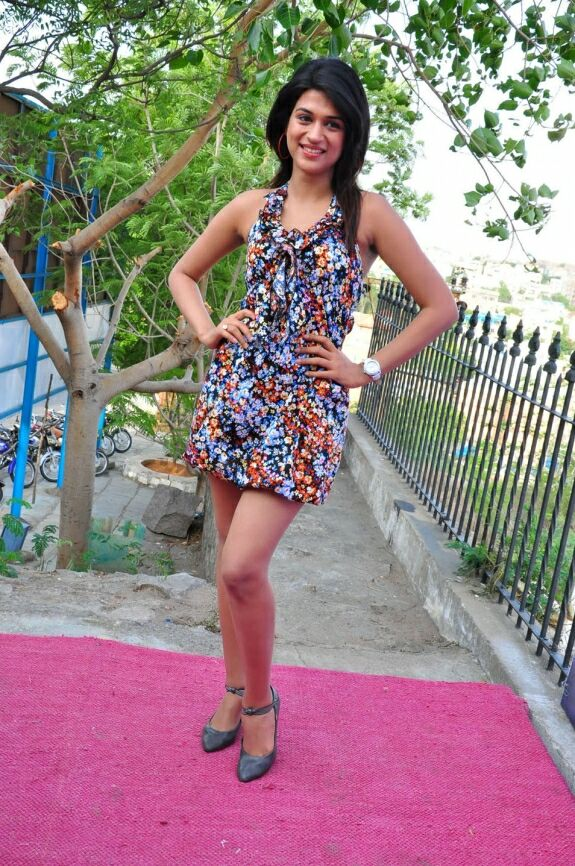 WWW.BOLLYM.BLOGSPOT.COM Actress Shraddha Das Latest  Cute Spicy Images Picture Stills Gallery 0004.jpg