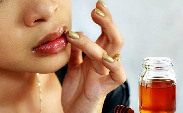 Bí quyết làm đẹp giúp đôi môi nứt nẻ trở nên mịn màng