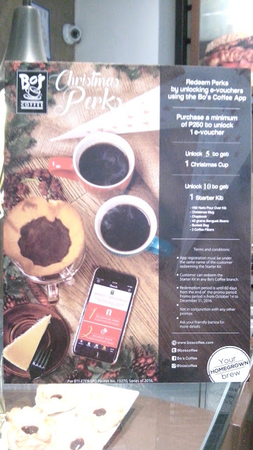 How to get Bo's Coffee Starter Kit 2016: Download Bo's Coffee App (hey it also rewards a FREE drink after meeting the required number) Php 250 spend = 1 e-voucher 5 e-vouchers = 1 Christmas cup 10 e-vouchers = 1 Starter Kit consisting of V60 Hario pour over dripper, Christmas mug, Chapbook, 40 grams Benguet beans, 2 coffee filters, Bo's bucket bag. Runs from October 14 to Demeber 31, 2016)
