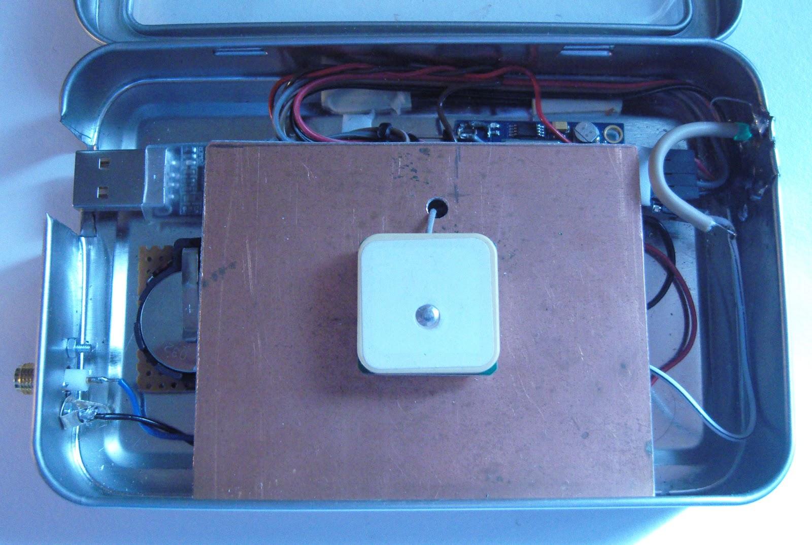 LA3ZA Radio & Electronics: Improved GPS reception with a ground plane
