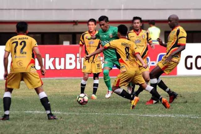 Hadiah Penalti Gagal Selamatkan Mitra Kukar dari Kekalahan vs Bhayangkara FC